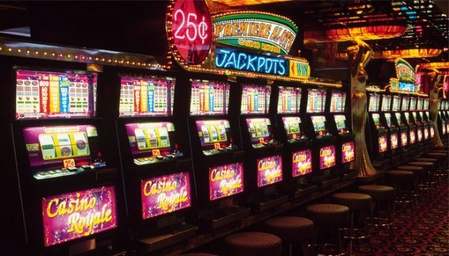 Игровые автоматы на гривны в казино Onlinecasinos - выбери лучший игровой зал в Украине