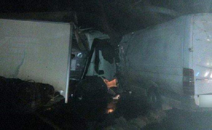 На Полтавщине фура столкнулась с микроавтобусом: есть жертвы