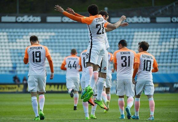 Премьер-лига: «Шахтер» разбил «Олимпик», «Динамо» справилось с «Зарей»