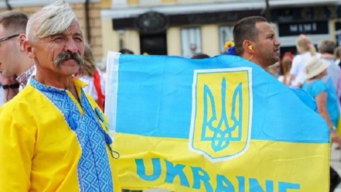 Столичные заведения общепита хотят полностью украинизировать