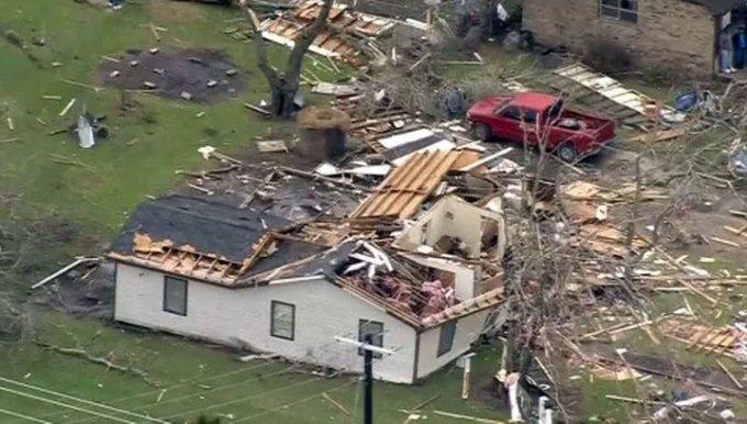 Торнадо в Техасе унес жизни пяти человек