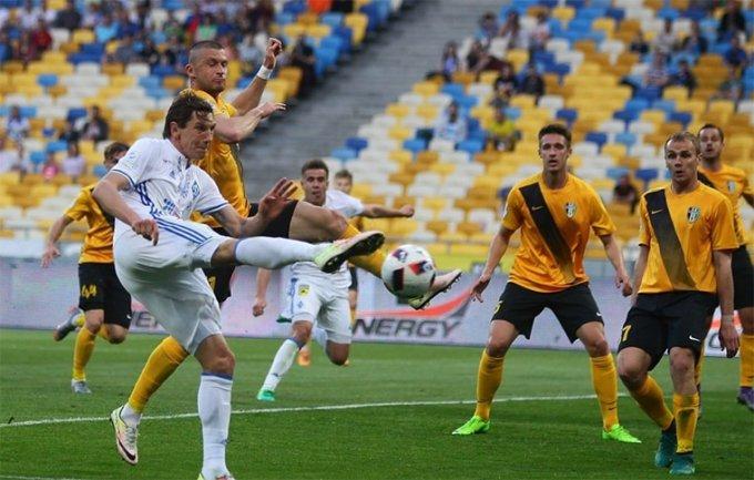 Премьер-лига: разгром от «Динамо», важная победа «Олимпика»