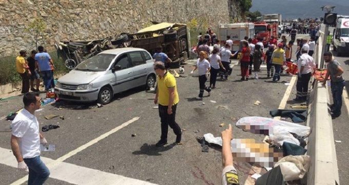 Фатальное ДТП в Турции: погибли 20 туристов