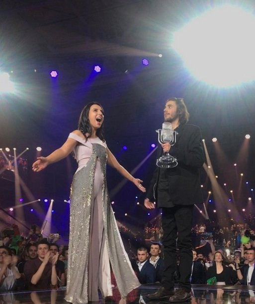 Беременная Джамала от души поздравила победителя «Евровидения-2017»