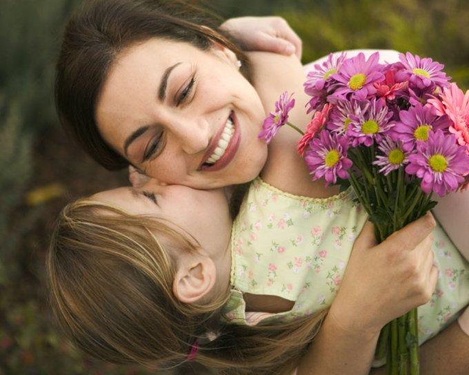 Каменских, Полякова и Ефросинина показали своих красивых мам