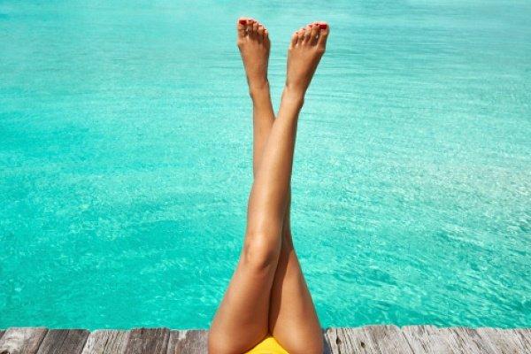 Эксперты подсказали, как уберечь ноги от варикоза летом