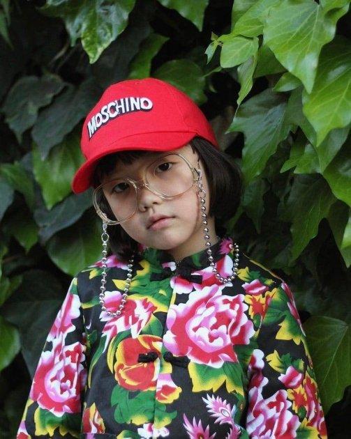 Шестилетняя модница стала иконой стиля. Фото