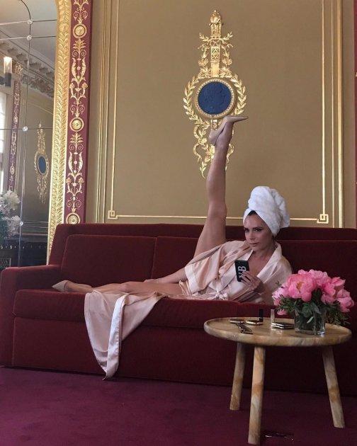 Леся Никитюк похвасталась оригинальным шпагатом
