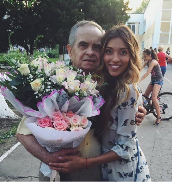 Кристина Орбакайте попала в эпицентр шторма, а Регина Тодоренко рассказала о своей семье