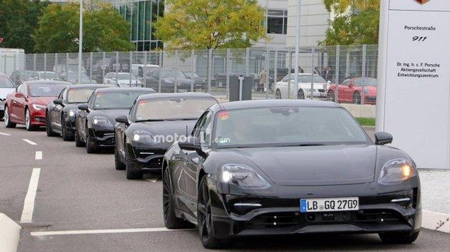 Фотошпионы сняли Porsche Mission E на дорожных тестах