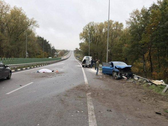 На трассе «Киев-Чоп» произошло сразу три ДТП: есть погибшие