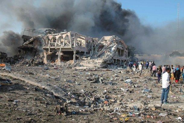 В Сомали произошел теракт: десятки погибших