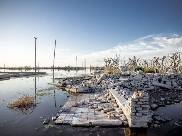 Как сегодня выглядит затонувший город Epecuén. Фото