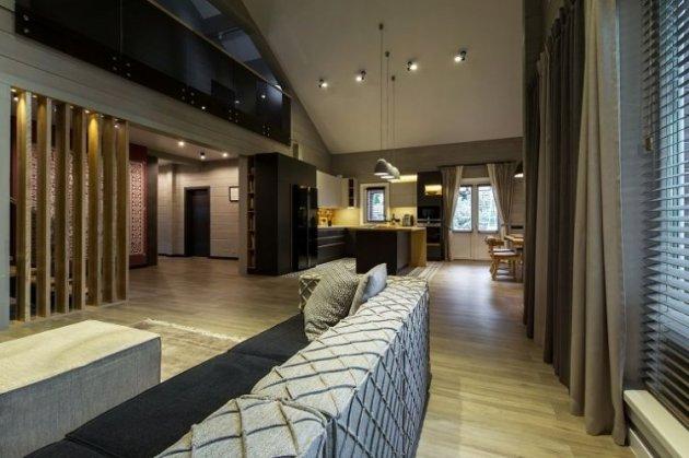 Звезда «95 квартала» показала новый дом