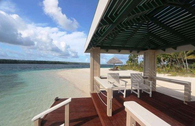 В Тихом океане продается остров с шикарным особняком. Фото