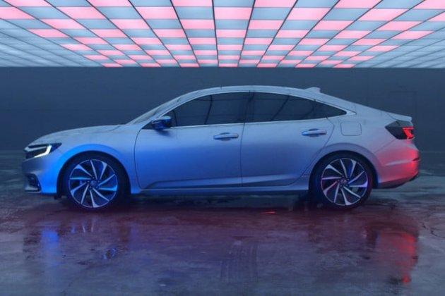 Honda показала первые снимки нового гибрида