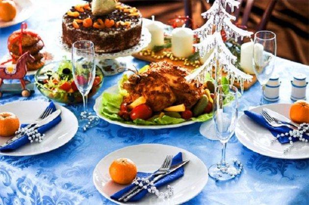 Какими блюдами не стоит украшать новогодний стол в этом году
