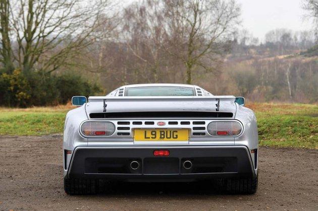 На Sotheby's выставили на продажу уникальный суперкар Bugatti EB110 SS