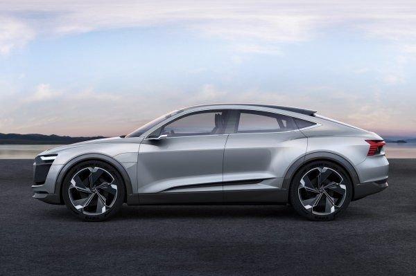 Audi готовит к выпуску электровнедорожник