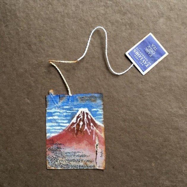 Невероятные миниатюры на чайных пакетиках. Фото