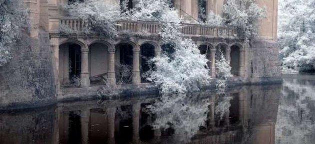 Завораживающие снимки заброшенного замка Мот-Шанденье. Фото