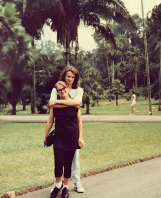 Сын Софии Ротару опубликовал семейное фото 30-летней давности