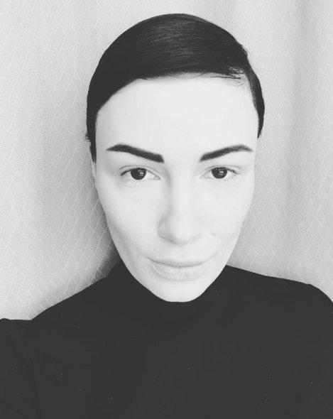 Анастасия Приходько показала фото без макияжа