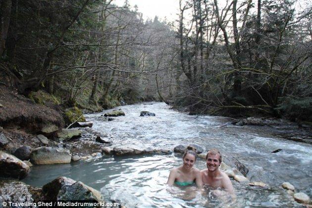 Эта пара продала все и отправилась путешествовать по Европе. Фото