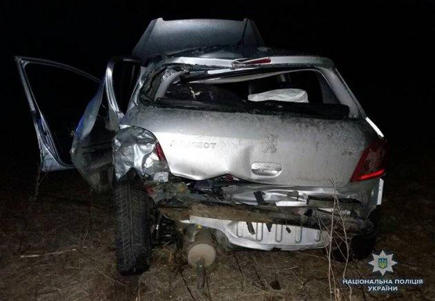 На трассе Харьков-Симферополь грузовик врезался в легковушку