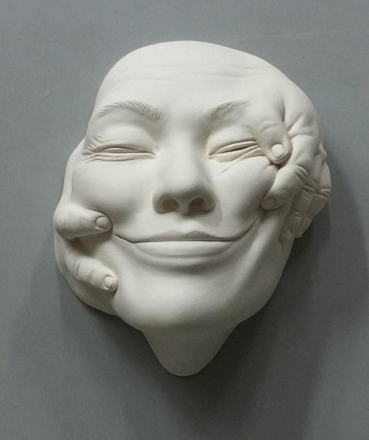 Невероятный сюрреализм от талантливого скульптора. Фото