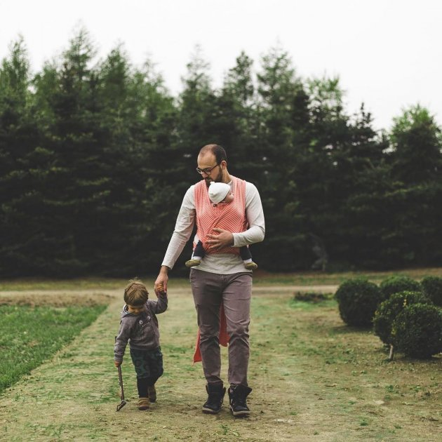 Отцы и дети: трогательные снимки об участии и заботе. Фото