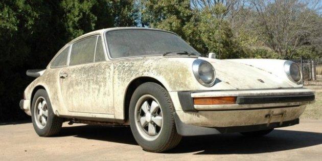 На аукционе продают «обросший» Porsche