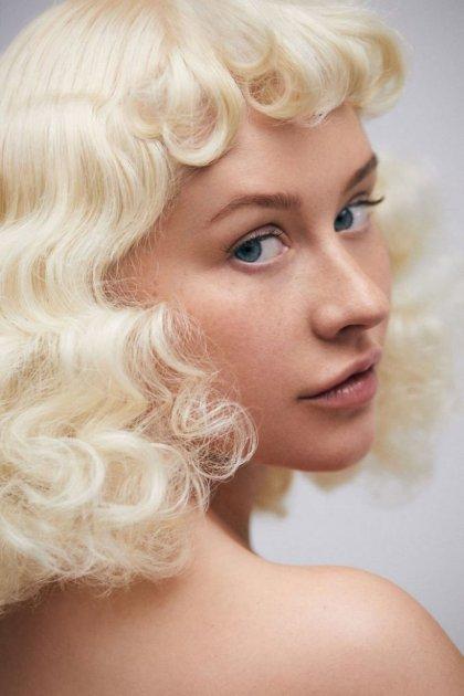 Кристина Агилера показала лицо без макияжа после 20 лет в шоу-бизнесе. И ее никто не узнал!