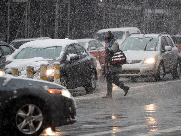 Нью-Йорк накрыл сильнейший апрельский снегопад. Фото