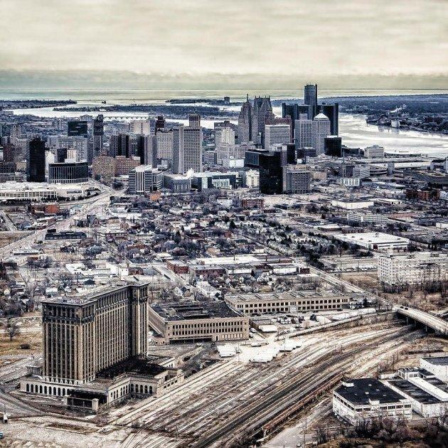Так выглядит самый большой в мире заброшенный вокзал. Фото