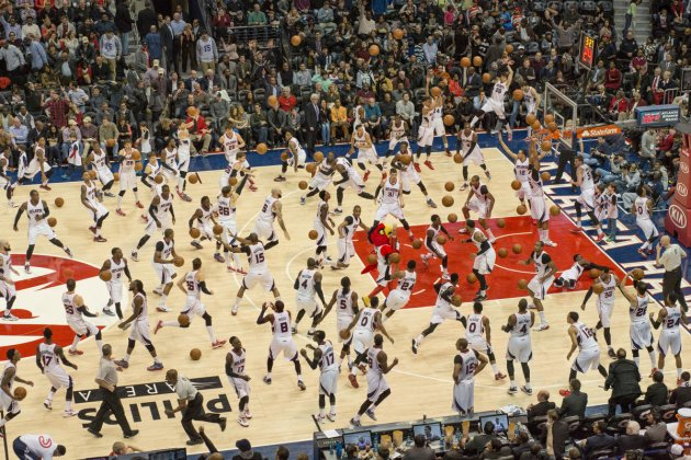 Динамика спортивных мероприятий в одном кадре. Фото