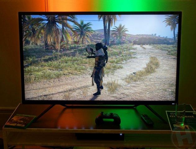 Philips представила 43-дюймовый дисплей для геймеров