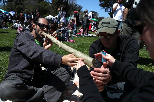 В Сан-Франциско с размахом отметили День Марихуаны. Фото