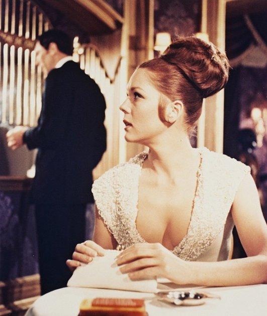 Эталоны красоты на примере женщин Джеймса Бонда. Фото