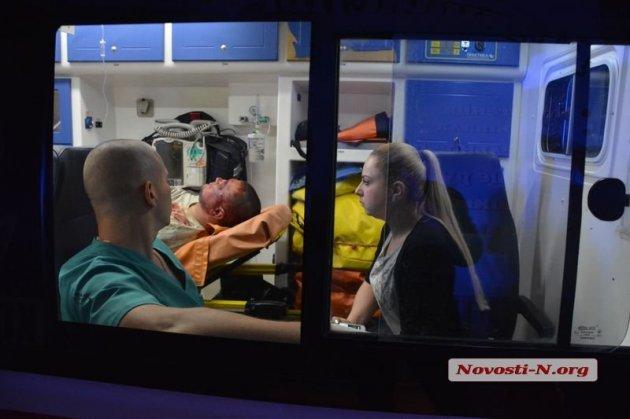 Перестрелка в Николаеве: в пострадавшего выпустили несколько пуль