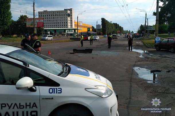 В Черкассах взорвался автомобиль известного бизнесмена