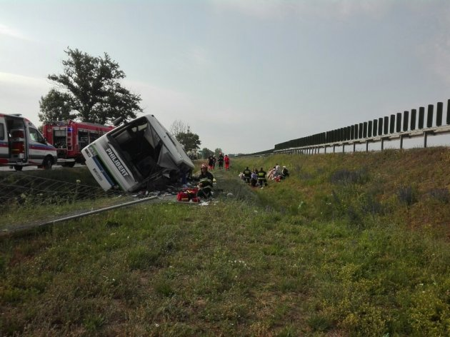 В Польше в ДТП попал туристический автобус, есть жертвы