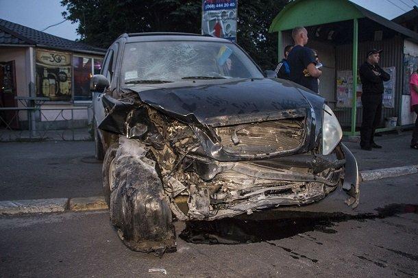 На Киевщине в ДТП сгорел автомобиль, пострадала беременная. Видео