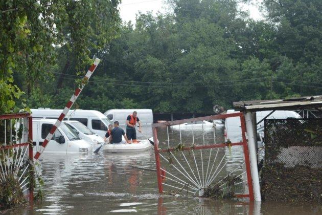Масштабный потоп в Чернигове показали с высоты. Видео