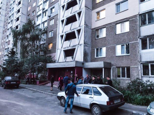 В Киеве в лифте жестоко убили женщину