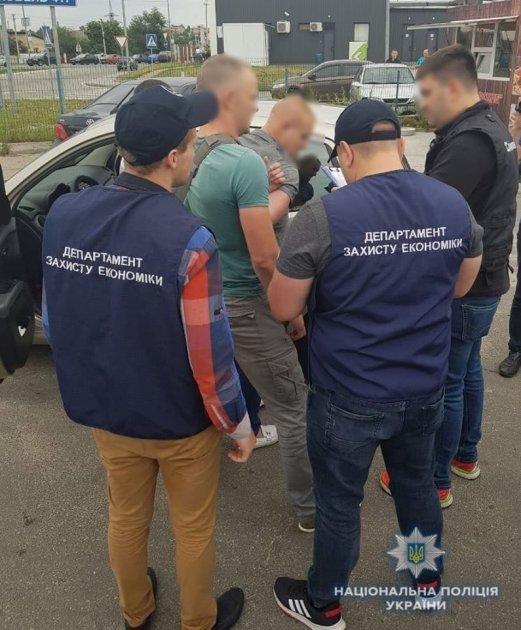На Киевщине задержали депутата, требовавшего миллионную взятку
