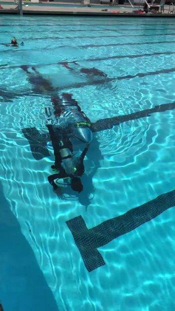 Маск испытал субмарину для спасения детей, застрявших в пещере