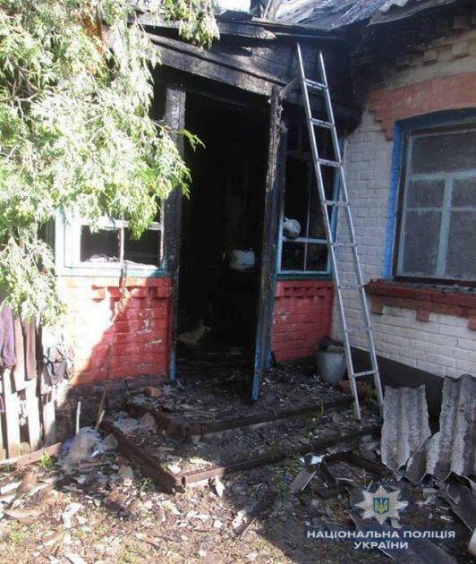На Киевщине мужчина задушил и поджег 83-летнюю пенсионерку