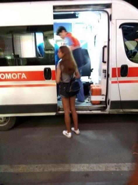 На Харківщині невідомий пошматував 13-річну дівчинку