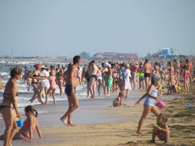 У мережі з'явилися фото пляжів материкової України і в Криму